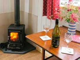 Shepherd's Hut - Shropshire - 17899 - thumbnail photo 4
