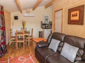 The Log Cabin - Somerset & Wiltshire - 22948 - thumbnail photo 2