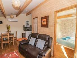 The Log Cabin - Somerset & Wiltshire - 22948 - thumbnail photo 3