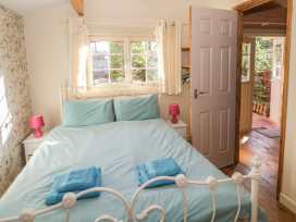 The Log Cabin - Somerset & Wiltshire - 22948 - thumbnail photo 9