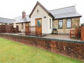 Elder Cottage - South Wales - 2303 - thumbnail photo 1