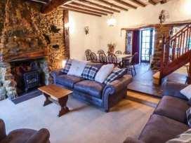 Hunting Lodge - North Wales - 381 - thumbnail photo 3