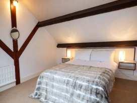 Hunting Lodge - North Wales - 381 - thumbnail photo 10