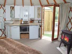 The Lakeside Yurt - Cotswolds - 6017 - thumbnail photo 5