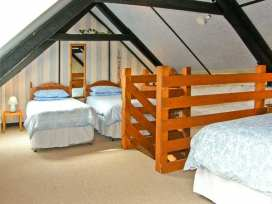 Sun Rise Cottage - South Wales - 8327 - thumbnail photo 7