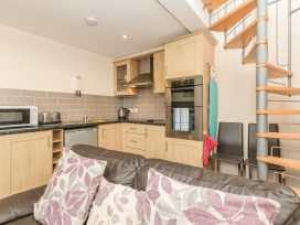 Bede Apartment - Northumberland - 904062 - thumbnail photo 9