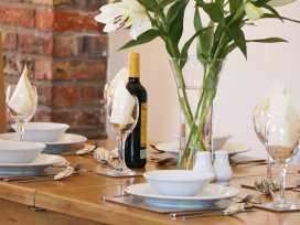 Nightingale Cottage - Whitby & North Yorkshire - 904210 - thumbnail photo 9