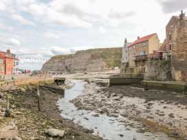 Safe Harbour Cottage - Whitby & North Yorkshire - 905401 - thumbnail photo 13