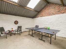 Rhianwen, Plas Moelfre Hall Barns - Mid Wales - 912237 - thumbnail photo 32