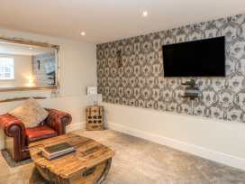 1 Stanhope Castle Mews - Yorkshire Dales - 913413 - thumbnail photo 3