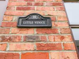 Little Venice - Whitby & North Yorkshire - 920035 - thumbnail photo 2