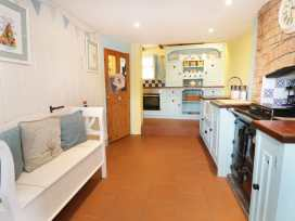 2 Wisteria Cottages - Somerset & Wiltshire - 922289 - thumbnail photo 10