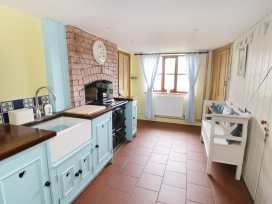 2 Wisteria Cottages - Somerset & Wiltshire - 922289 - thumbnail photo 13