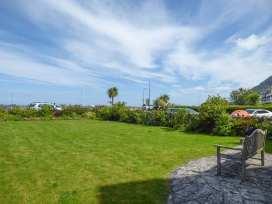 Sea View Apartment - North Wales - 924749 - thumbnail photo 18
