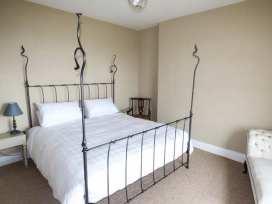 Sea View Apartment - North Wales - 924749 - thumbnail photo 3