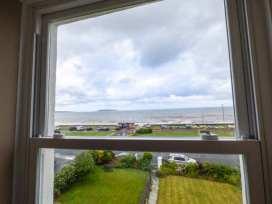 Sea View Apartment - North Wales - 924749 - thumbnail photo 15