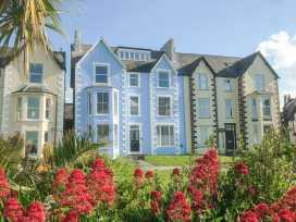 Sea View Apartment - North Wales - 924749 - thumbnail photo 1