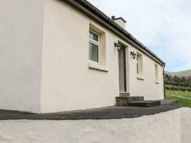 Spring Bank Cottage - Shancroagh & County Galway - 925300 - thumbnail photo 2