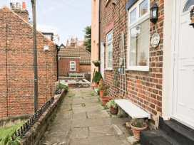 Peach Cottage - Whitby & North Yorkshire - 926662 - thumbnail photo 1