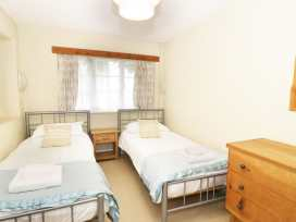 The Patio Apartment - North Wales - 927254 - thumbnail photo 11
