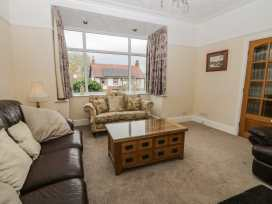Brook Villa - Whitby & North Yorkshire - 931145 - thumbnail photo 4