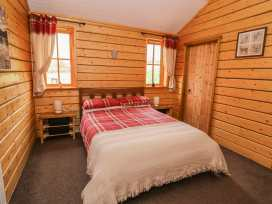 Caban Gwdihw ( Owl Cabin) - Mid Wales - 931452 - thumbnail photo 10