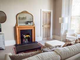 14 Albert Quadrant - Somerset & Wiltshire - 931495 - thumbnail photo 3