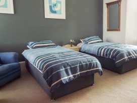 14 Albert Quadrant - Somerset & Wiltshire - 931495 - thumbnail photo 13