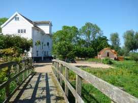 Watermill Granary Barn - Norfolk - 931832 - thumbnail photo 11