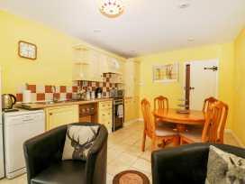 Hop Cottage - Kent & Sussex - 931972 - thumbnail photo 4