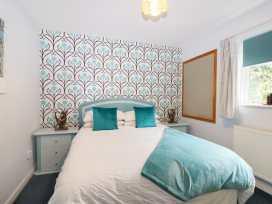 Hop Cottage - Kent & Sussex - 931972 - thumbnail photo 11