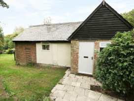 Hop Cottage - Kent & Sussex - 931972 - thumbnail photo 19