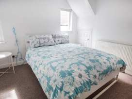 Upstairs Flat Crow's Nest - South Wales - 932362 - thumbnail photo 7