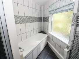 Mount Pleasant Apartment - South Wales - 932570 - thumbnail photo 6