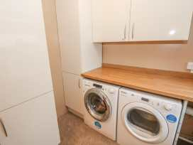 Mount Pleasant Apartment - South Wales - 932570 - thumbnail photo 8