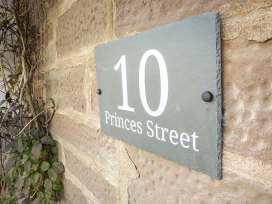 10 Princes Street - Scottish Lowlands - 932786 - thumbnail photo 2