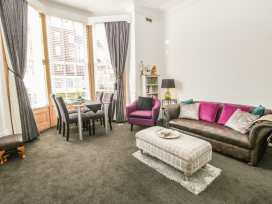 Esplanade Gardens, Apartment 1 - Whitby & North Yorkshire - 933807 - thumbnail photo 3
