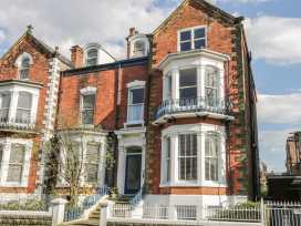 Esplanade Gardens, Apartment 1 - Whitby & North Yorkshire - 933807 - thumbnail photo 1