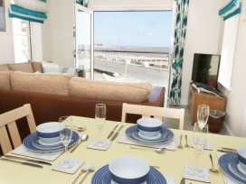 Ocean View Apartment - North Wales - 934495 - thumbnail photo 5