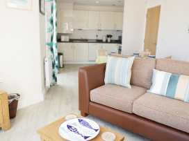Ocean View Apartment - North Wales - 934495 - thumbnail photo 3