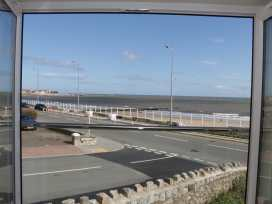 Ocean View Apartment - North Wales - 934495 - thumbnail photo 14
