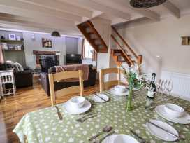 Cozy Cwtch Cottage - South Wales - 935330 - thumbnail photo 8