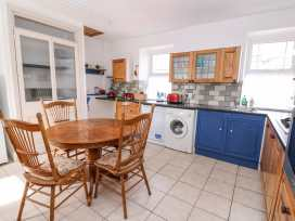 Cozy Cwtch Cottage - South Wales - 935330 - thumbnail photo 6