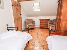 Kite Cottage - South Wales - 935575 - thumbnail photo 16