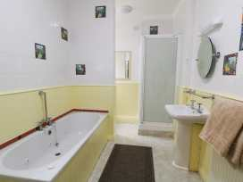 Garth House Apartment 1 - North Wales - 939440 - thumbnail photo 9