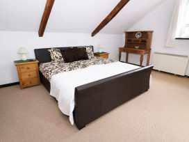 Loft Apartment - South Wales - 939765 - thumbnail photo 6