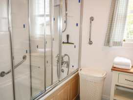 Rosslare Cottage - Antrim - 942457 - thumbnail photo 15