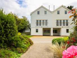 Five bedroom house at The West Bay Club & Spa - Isle of Wight & Hampshire - 943928 - thumbnail photo 2