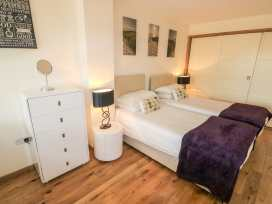 Five bedroom house at The West Bay Club & Spa - Isle of Wight & Hampshire - 943928 - thumbnail photo 10