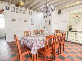 The Farmhouse - South Wales - 944317 - thumbnail photo 14